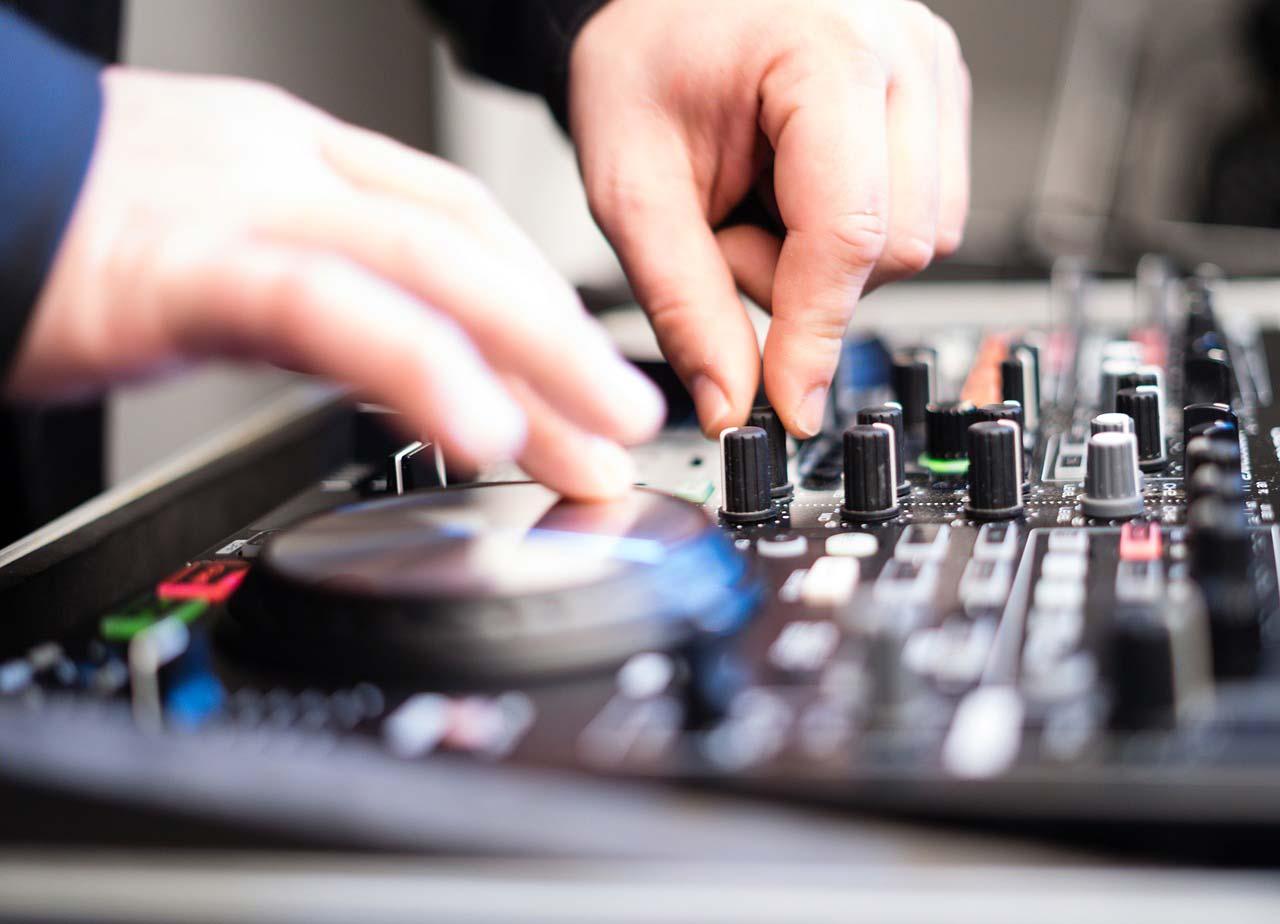 So findest du deinen perfekten Hochzeits-DJ